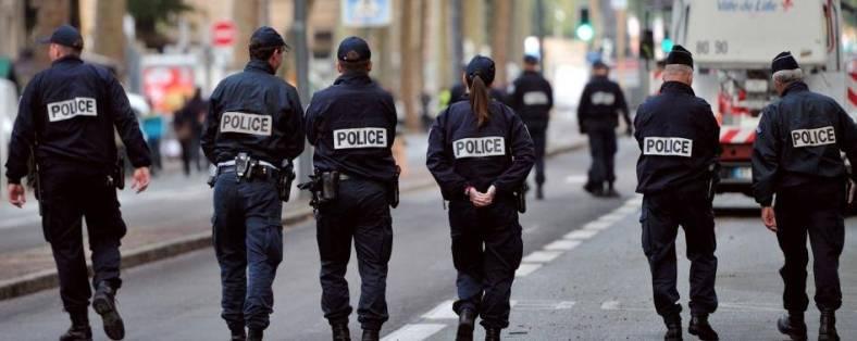 policiers patrouille