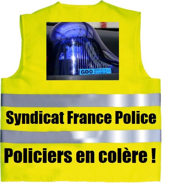 gyros bleus policiers en colère
