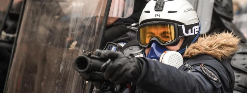 lbd violences policières gilets jaunes syndicat france police policiers en colère