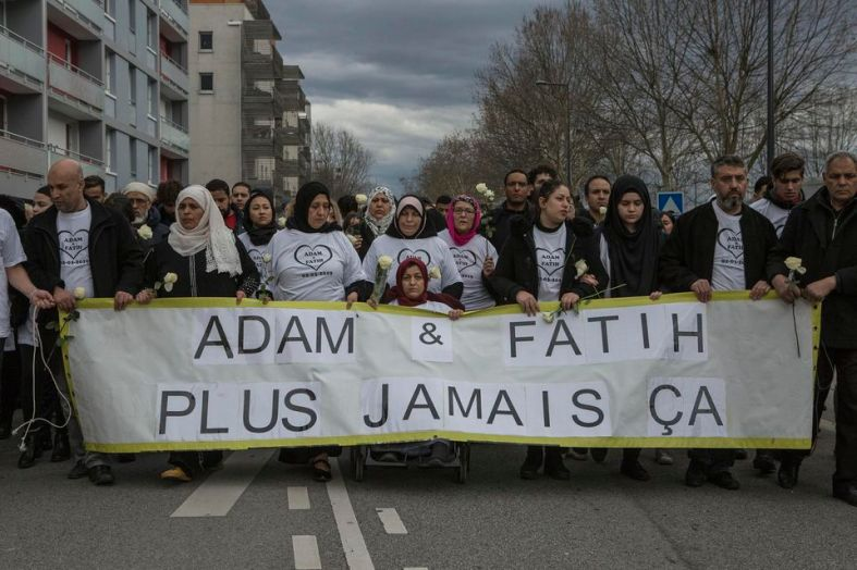 marche blanche grenoble adam et fatih
