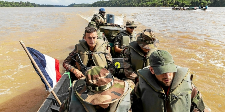 FRANCE-GUIANA-BRAZIL-SURINAME-GOLD-METAL-ARMY